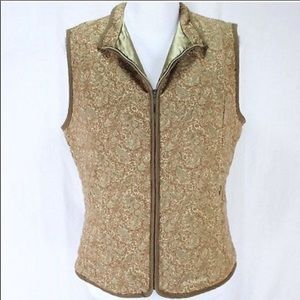 Columbia | green patterned vest size small.